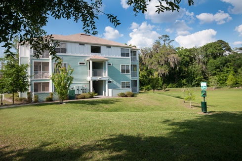 Cabana Beach Apartments Exterior