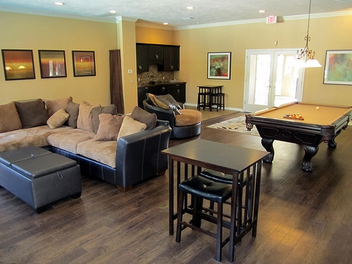 Cobblestone Apartments In Gainesville Close To Uf And