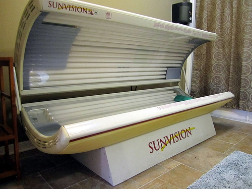 Cobblestone Apartments Tanning Bed