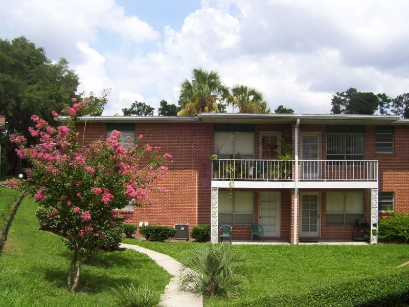 Georgetown Apartments In Gainesville Close To UF Santa Fe College And Shands