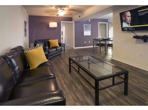 Lexington Crossing Apartments Living and Dining area
