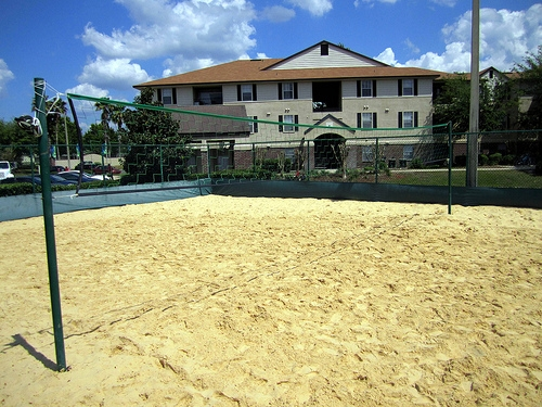 Lexington Crossing Apartments Sand Volleyball Court