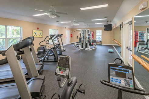 Paddock Club Apartments Fitness Center 2