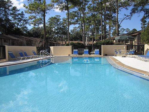 Pinetree Gardens and Colonial Oaks Apartments Pool