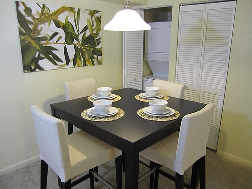 Pinetree Gardens and Colonial Oaks Apartments Dining Area