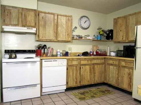Pinetree Gardens and Colonial Oaks Apartments Kitchen 3