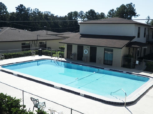 Santa Fe Trace Apartments Pool