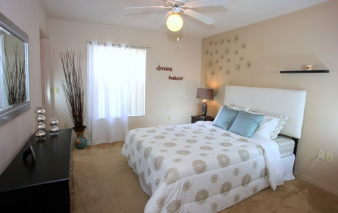 Stoneridge Apartments Bedroom