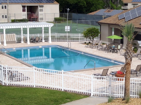 Stoneridge Apartments Pool Area